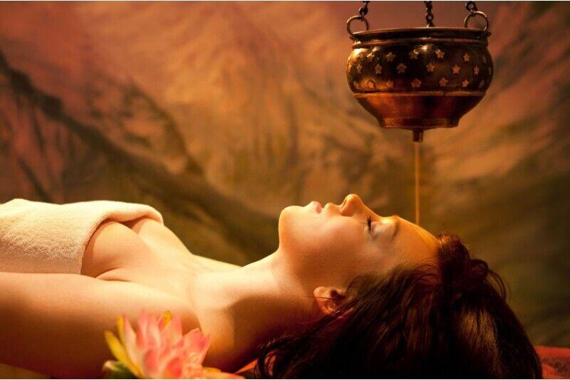 Širodhara - gili relaksacija Rygoje